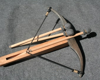 Wooden crossbow / toy / Medieval / Wooden toy crossbow