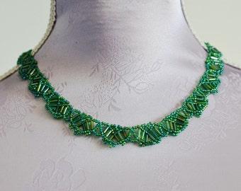 Scalloped Hearts i grönt