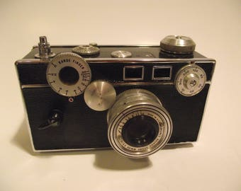 "Vintage Argus C3 35mm Rangefinder ""The Brick"" Film Camera with 50mm Coated Cintar Lens"