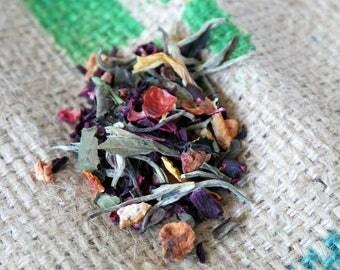 Tea | white tea with hibiscus and dried fruit