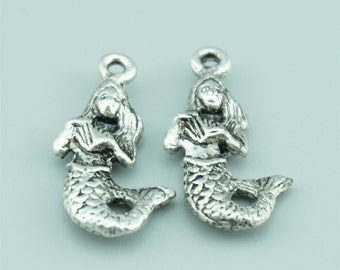 50pcs 22x12mm Antique Silver Mermaid Charm Pendants Z6082