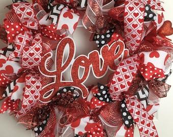 Valentine's Day Wreath, Deco Mesh Wreath, Valentine Wreath, Red DecoMesh Wreath, Valentine Day Decor, Front Door Wreath