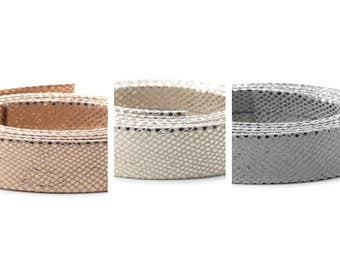 10 cm of flat 20 mm snake leather 2 colors metal reinforced (pink, gold or white gold)