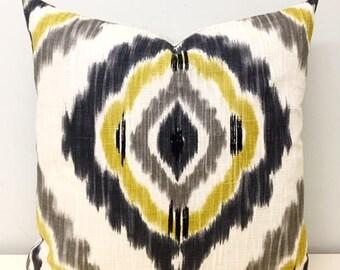 Linen Pillow Cover, ikat Pattern Linen Pillow, Linen Case, Cushions, Decorative Pillow, Boho Pillow, 18X18 24X24 Gray Linen Pillow Covers