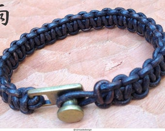 Leather macrame bracelet