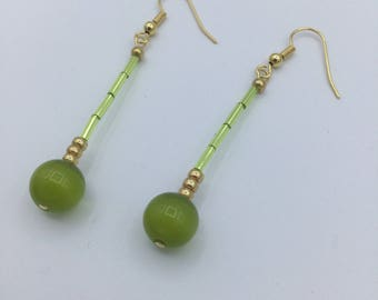 Bright Green Catseye Pretty Dangle Earrings Gold Plated Earwires