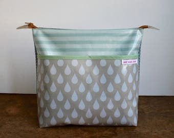 oilcloth cosmetic bag big, travel toiletry bag, make up, big drops, washable ***