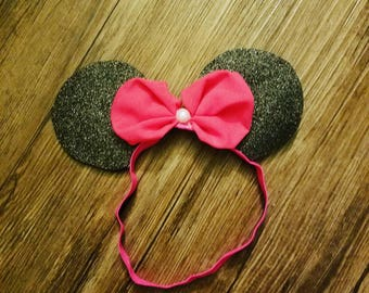 Pink infant Minnie mouse ears