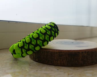 High visibility paracord bracelet (neon green hand stitched with black microcord)