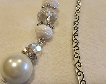 Metal bookmark with beads