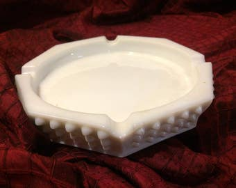 Vintage Fenton Hobnail Milk Glass Ashtray In Perfect Condition.
