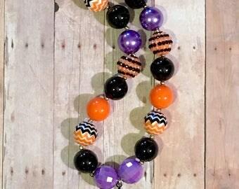 20mm Bubblegum Beaded Necklace Halloween Spider Orange Black Purple