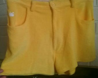 Circa 1978 Lemon yellow Gloria Vanderbilt for Murjani terry cloth shorts!!