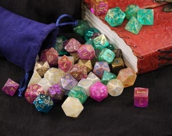 Set of 7 Dice for Role Playing Games (Dungeons and Dragons, Pathfinder)