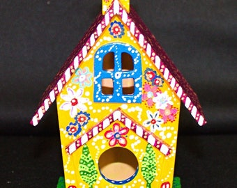 Tree COTTAGE BIRDHOUSE with Chimney