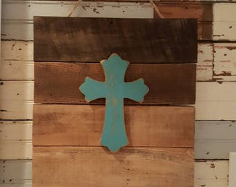 Pallet Sign with Turquoise Cross