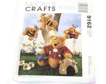 McCall's Crafts - Pattern #9162 - Bee My Hunny Bear