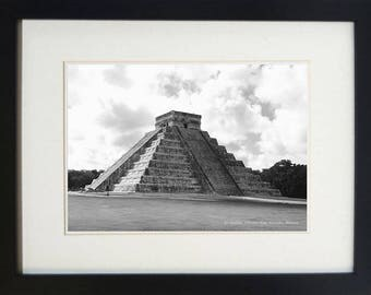 El Castillo, Chichen Itza, Yucatán, Mexico set in a black MDF picture frame