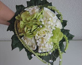 Noble. Bridal bouquet - wedding roses registry - bridal bouquet