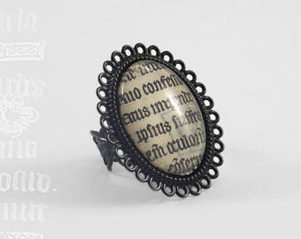 "Ring ""Scriptura"" - black and manuscript medieval foliage"