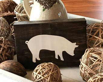 Farm Animal Sign - Pig Sign - Farm Wood Sign - Rustic Home Decor - Rustic Wooden Sign - Hand Painted Sign - Wood Sign - Wooden Sign - Decor