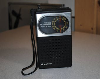 Vintage Sanyo Portable FM/AM radio Model #RP5050 from 1980's