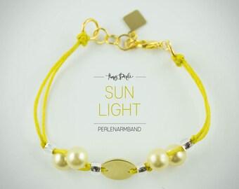 "Pearl bracelet ""Sun Light"""