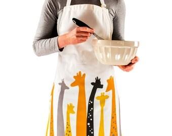 Woman apron, giraffe gift, gift for woman, woman gift, cute apron, bake gift, gift for her, gift for baker, cook gift, baker gift, for her