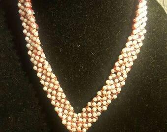 Reversible V necklace