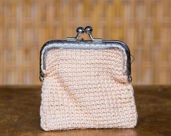 Wallet in pink crochet