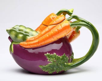 Veggie Teapot - Eggplant and Carrot