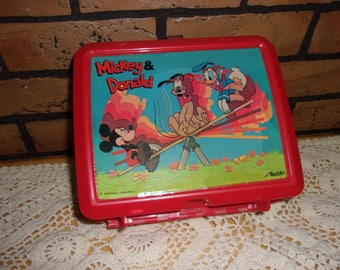Disneys Mickey mouse lunch box set