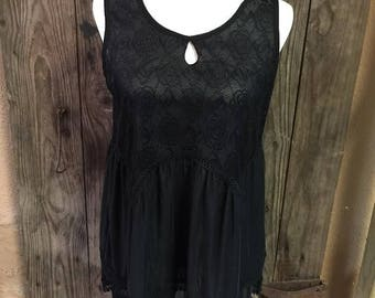 Cute black sleeveless top with lace