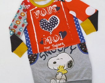 Size 3 (38 1/2 inch height) upcycled girls sweaterdress with print Snoopy