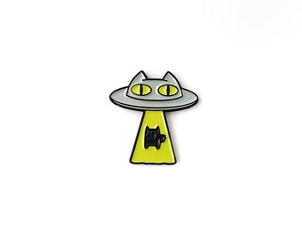 Alien Abduction Cat Enamel Lapel Pin • Chartreuse