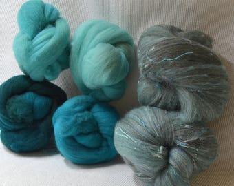 NEW! Targhee Gradient Set of FIber With Bricolage Studios Tweedy Batt Bumps - A great combination of fiber to enhance your creativity