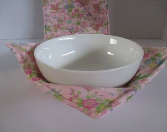 Bowl cozy, Microwave bowl cozy, pink, mixed floral, kitchen, microwave hot pad, microwave safe, bowl holder, hot pad, table, dining room