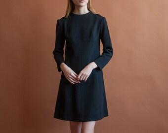 black knit mod dress / 60s mini dress / mini knit shift dress / s / 2092d / B3