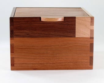 Jewelry Box, Keepsake Box, Walnut, Maple, Cherry Wood