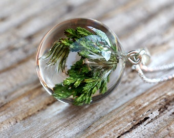 Heather Leaves and Dandelion Pendant, Medium Resin Round with Sterling Silver Chain, Forest Theme, Botanical Jewelry