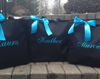 Bridesmaid Totes,  Monogrammed Tote Bags, Embroidered Personalized Bridal party gifts, Set of 6, Wedding Totes, Party Favors