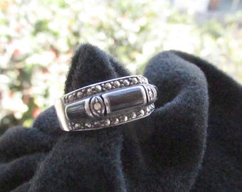 Vintage Sterling Onyx Marcasite Ring Size 9