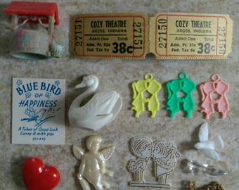 Lovey Dovey Tokens : Vintage Mini Craft Pack of Miniatures, Charms, Paper Items