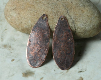 Hand hammered antique copper drop dangle pendant aprox 30x12mm, 2 pcs (item ID XW01785ACP)