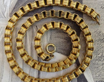 Vintage Box Chain Links Brass Necklace
