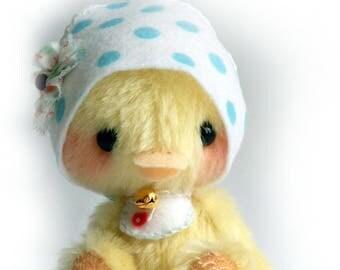 Chickadee artist bear chicken kit by Jenny Lee of jennylovesbenny bears