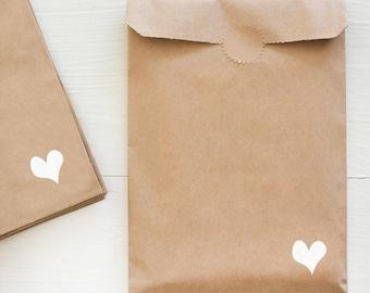 kraft paper gift bag - heart