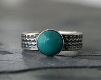 Turquoise Streamline Sterling Silver Ring Round Natural Gemstone Cabochon Scallop Dot Wide Band Modern Geometric Design Statement