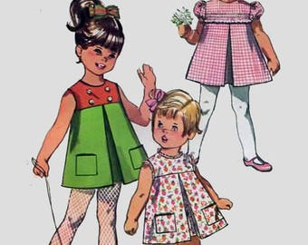 Vintage 1960s Toddlers ADORABLE High Yoke Dress w/ Front Inverted Pleat Sewing Pattern Simplicity 7560 Mod 60s Size 2 B21 Dachshund art