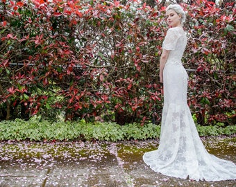 Mermaid Wedding Dress/White Lace Wedding Gown/Eco Conscious Wedding Dress/Lace Wedding Dress with Train/Wedding Dress with Sleeves